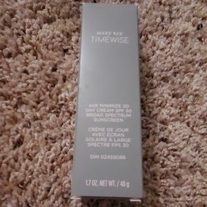Mary Kay Timewise Day Cream-Combo to Oily